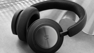 Bang & Olufsen Xbox Headset Arrives in April for $500
